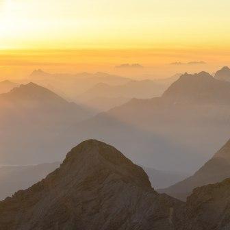 Zugspitze panoramic view sunset, © Zugspitz-Region, Wolfgang Ehn