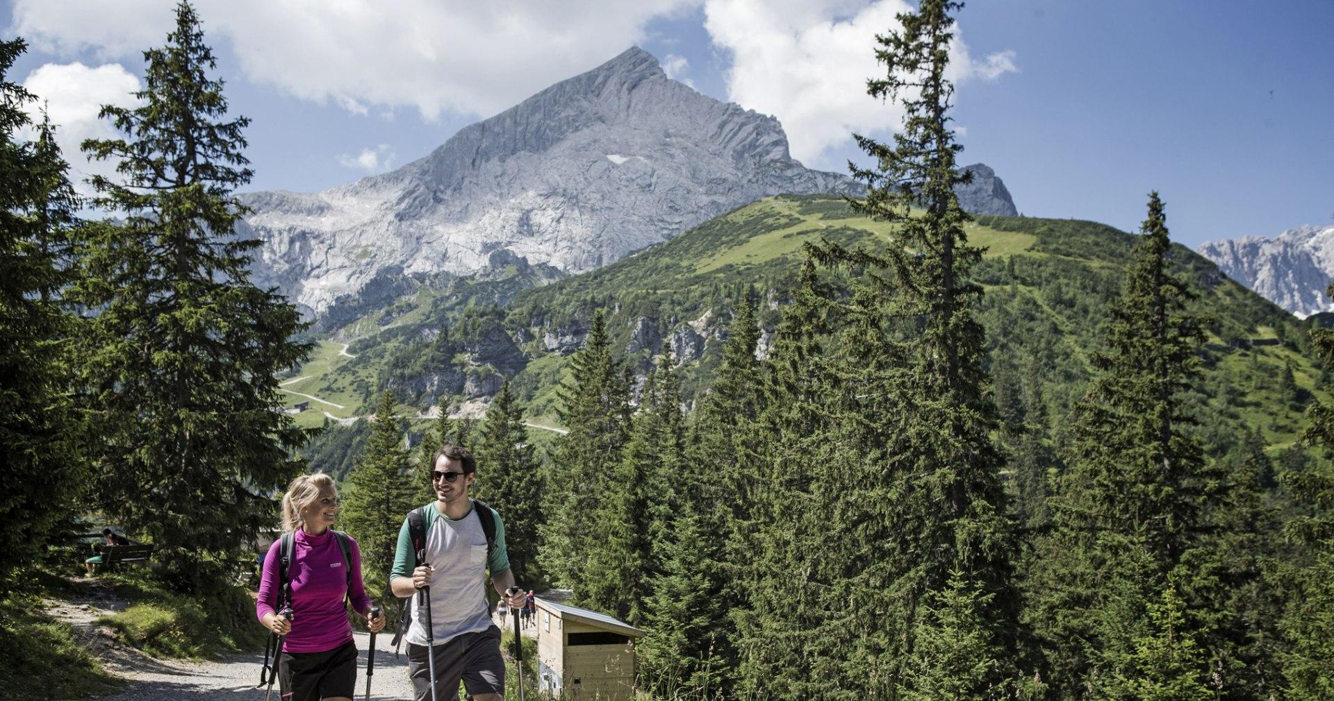 Wandern im Classic-Gebiet, © Bayerische Zugspitzbahn Bergbahn AG - Matthias Fend
