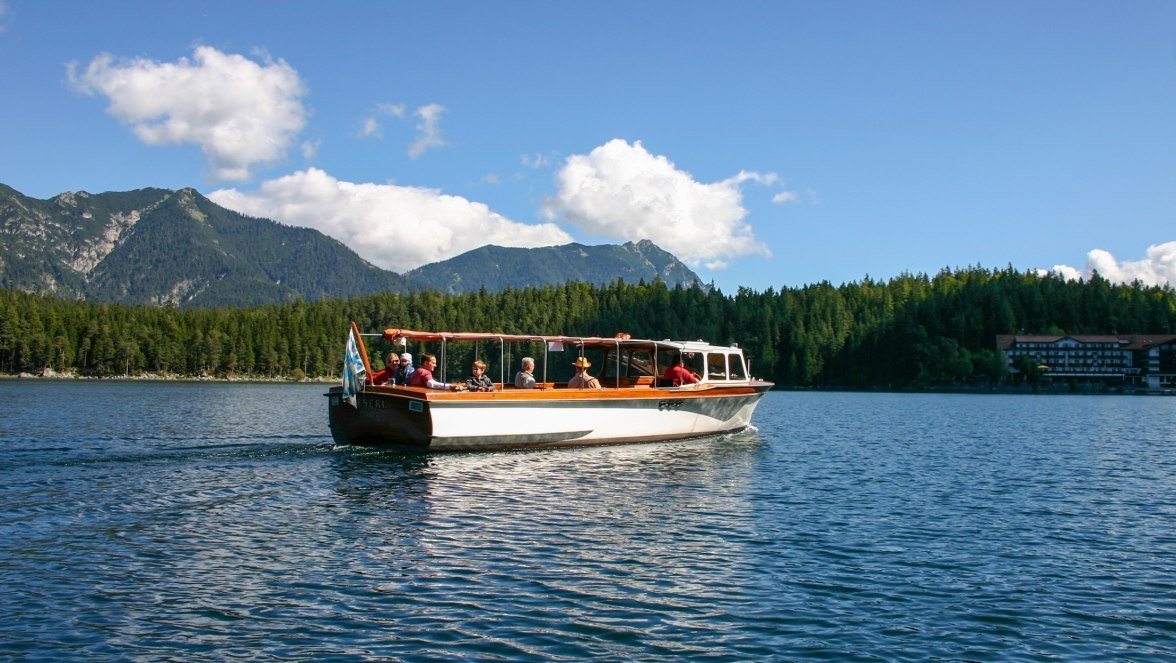 """Excursion boat """"Reserl"""" on Eibsee, © Eibsee-Hotel"""