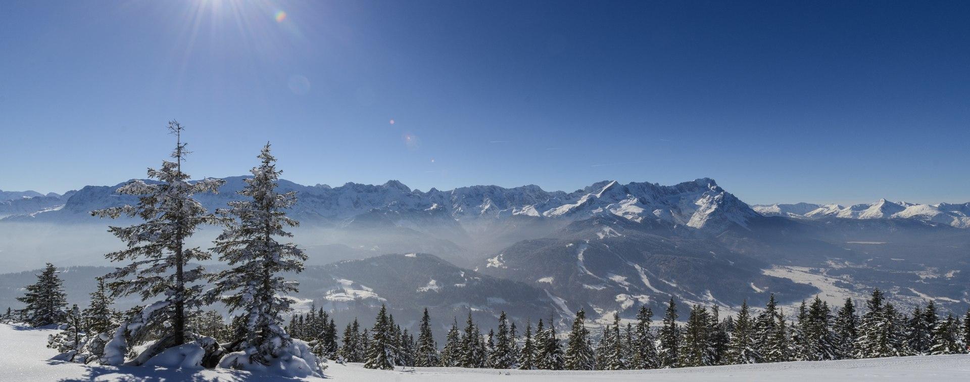 Skialpin und Snowboard im Zugspitzdorf Grainau und Umgebung, © Zugspitzregion - Foto Ehn