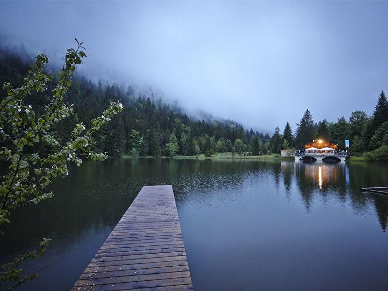 Pflegersee in Garmisch-Partenkirchen, © Gasthof Pflegersee- Foto Volker Neuroth