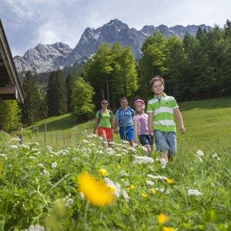 Stadel bei der Neuneralm in Grainau, © Touristinformation Grainau - Foto Bäck